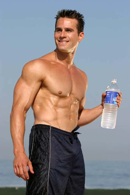 You can't build muscle or lose weight without water!
