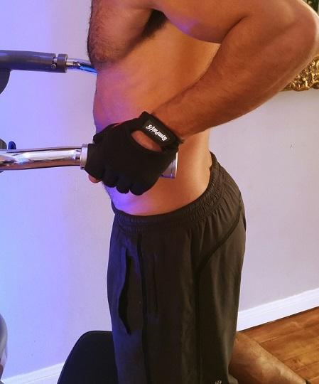 Best Weightlifting Gloves For Men