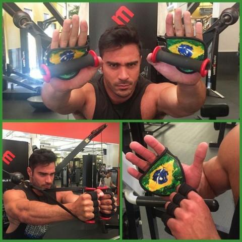 gym-gloves-online, gympaws, workout-gloves