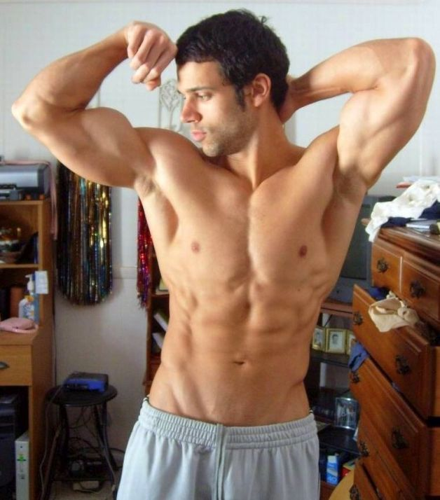 Hot Crossfit Guys Shirtless Pics