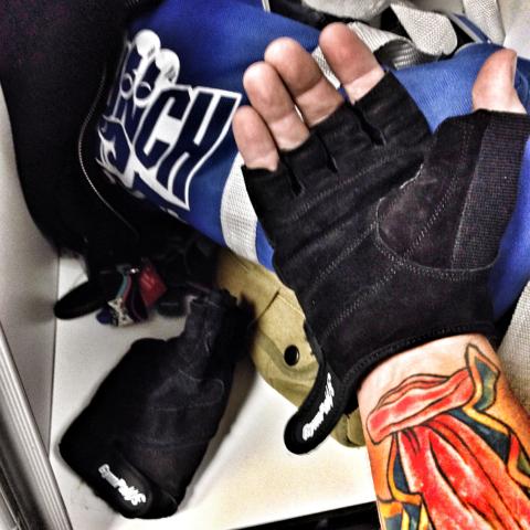 workout gloves half finger